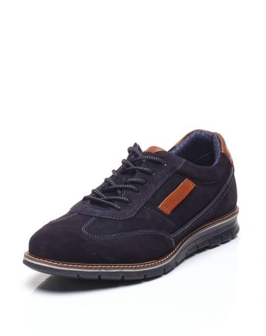 casual shoes Bugatti